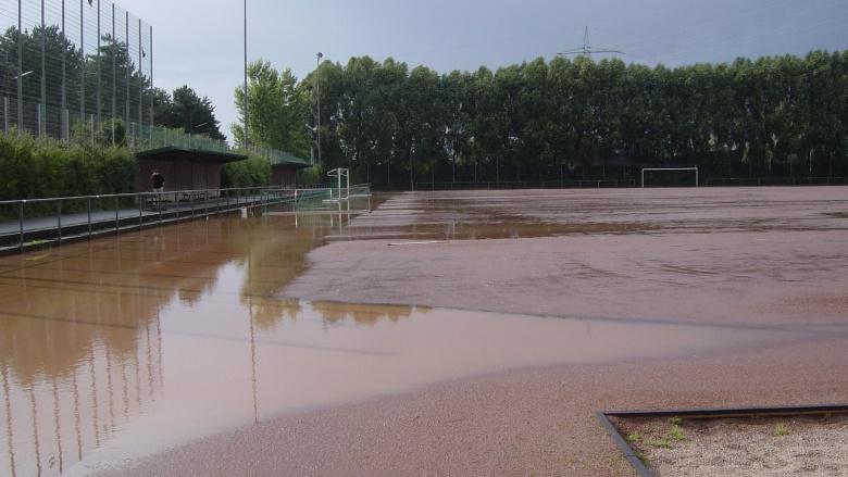 Sportplatz Urfeld 2014 nach Regen