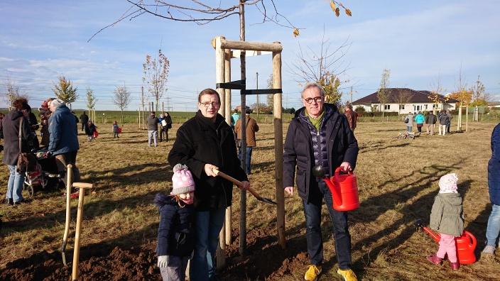 Dr. Jürgen Löffler und Paul Hambach im Babypark Wesseling 2019